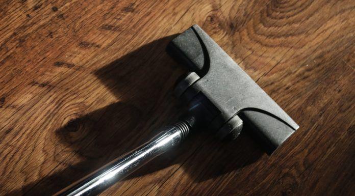 Scopa-elettrica-696x464