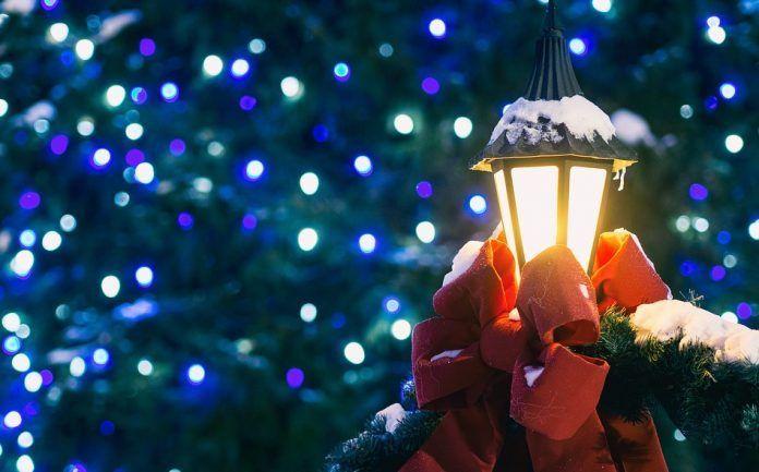 Illuminazione Esterna Natale : Luci di natale ad energia solare i prodotti più consigliati