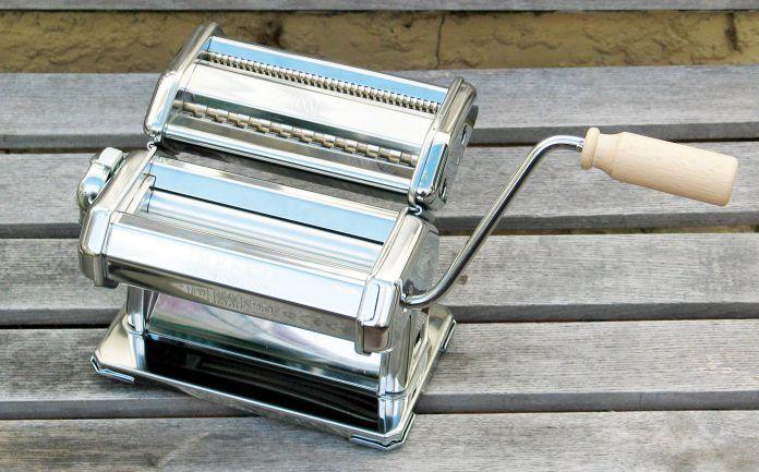 Macchina-per-la-pasta-696x433